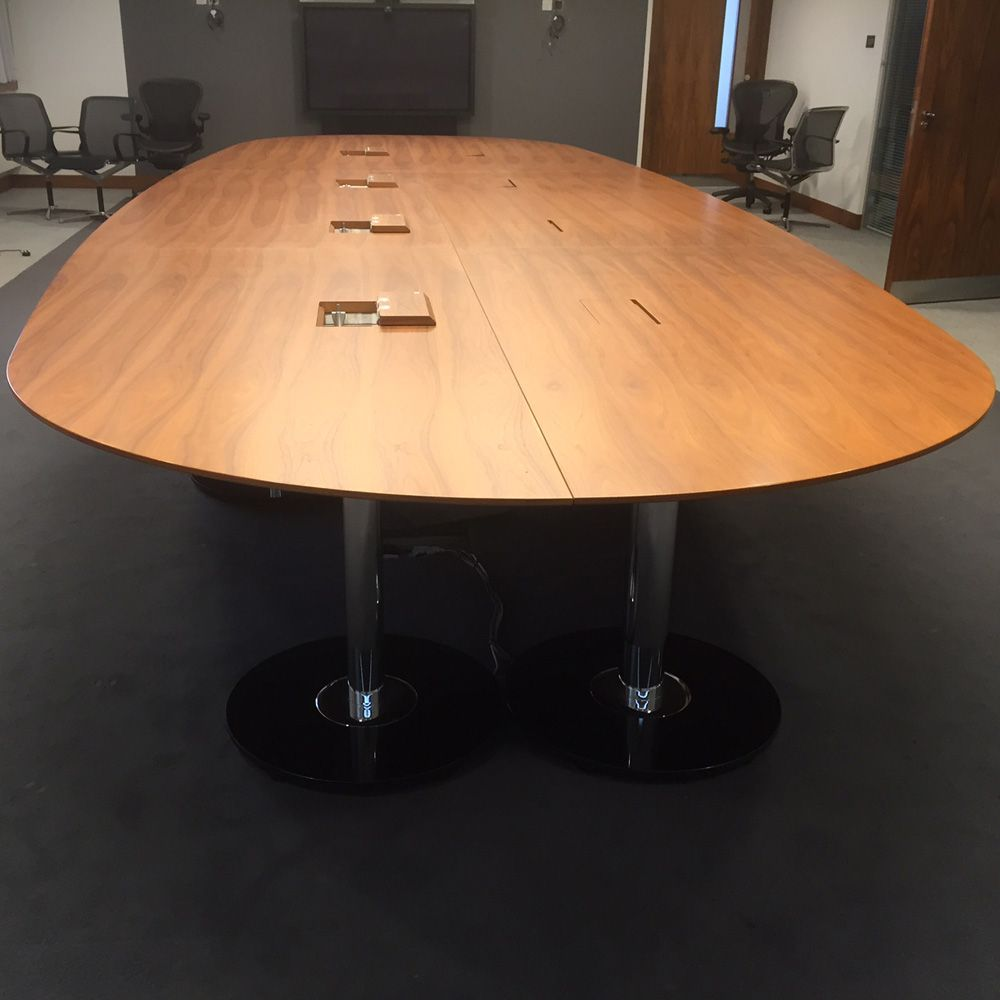 Real Walnut Veneer Boardroom Table Seats Large Boardroom - Large wooden conference table